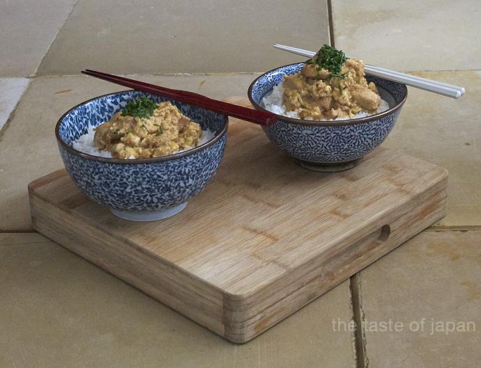 Oyakodon 親子丼: Reis mit Hühnchen und Ei